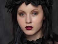 Kiri Thomassen. Makeup: Cirkeline Singh